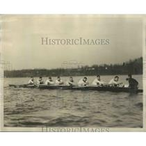 1926 Press Photo Annapolis Crew Takes to the Water for Trial Spin in the Waters