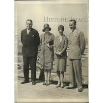 1928 Press Photo George and William Hearst and wives aboard Ile de France