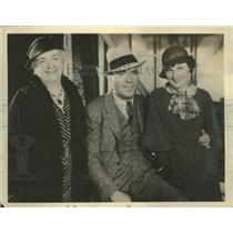 Press Photo Hollywood CA actor Pat O'Brien, wife & mother Mes WJ O'Brien
