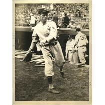 1933 Press Photo Bob Burke, pitcher, Washington Senators - sbs02999
