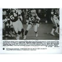 1989 Press Photo D.J. Dozier-Minnesota Vikings Running Back With Football