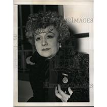 1939 Press Photo Jersey City NJ French Comedienne Germaine De Neel JCNJ