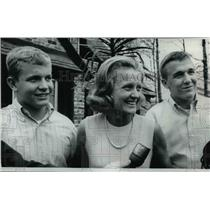 1968 Press Photo Mrs. Frank Borman and sons, Edwin, 15, and Fred, 17.