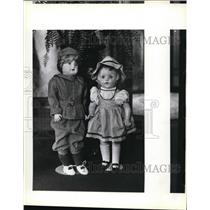 1983 Press Photo Antique dolls such as Sally and Simon exhibited historic Albany