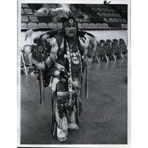 1970 Press Photo Elaborate Regalia adorned Frank White Buffalo Man  - orb73804