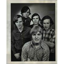 1972 Press Photo 5 of Gladstone High School students suspended due to long hair