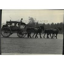 1930 Press Photo Stage Coach - spx16928