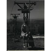 1940 Press Photo Miss Anita Kruesel Takes Chair Lift in Timberline Lodge Oregon
