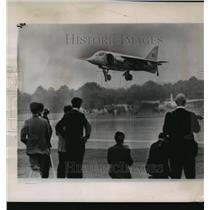 1962 Press Photo The Hawker P-1127 at Farnborough, England Runway - mja59245