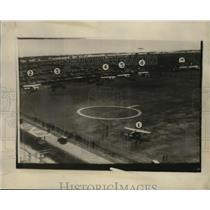 1927 Press Photo Oakland County Airport planes lined up for derby - neo05400