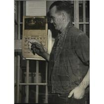 1931 Press Photo Don Moyle, L.A. aviator, serving jail time for DUI - neo06585