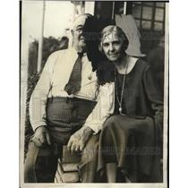 1931 Press Photo Mr. & Mrs. John P. Jones await word on their son Harold's plane