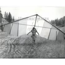 1976 Press Photo Glider Dan Alban - spa52495