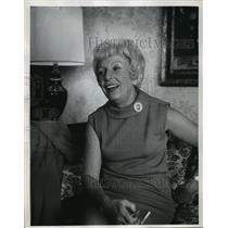 1968 Press Photo Mrs. Hubert Humphrey at Press Conference in Milwaukee