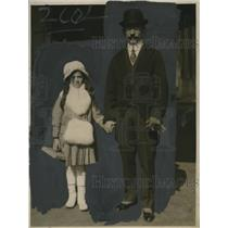 1918 Press Photo Perez Romero & Daughter Refugio at Palace Hotel San Francisco