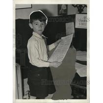 1932 Press Photo Leonard Williams, Child Reporter for Thornapple Street News