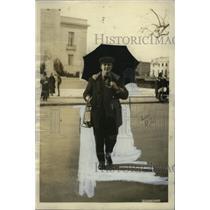 1921 Press Photo Urbain Ledoux, Picketing Pan-American Building, Washington D.C.