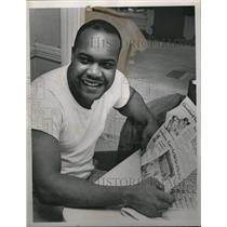 1963 Press Photo Theodius Hilliard Jr., plumber at Mall Construction Site, Ohio