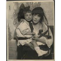 1923 Press Photo Mrs. Mand Armfeild - neo07024