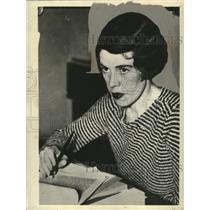 1934 Press Photo Mary Taylor AAA Communist - neo07247