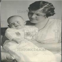 1916 Press Photo Mrs Gray B Bray With Her Son - RRY23331