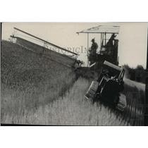 1928 Press Photo Tractor during harvest season - spa50902