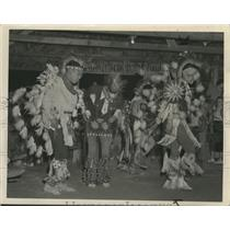 1950 Press Photo Native Americans performing tribal dance - spa52083