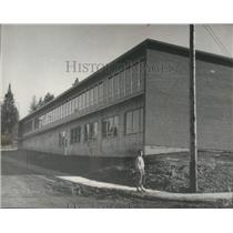 1961 Press Photo Mrs. Maude Varney, at new Junior High School, St. Maries, Idaho