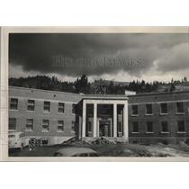 1950 Press Photo Construction of a building in Orofino Idahp - spa54872
