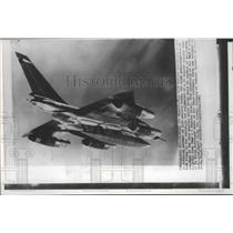 1961 Press Photo Airplane, B-58 Hustler supersonic bomber carrying nuclear bombs