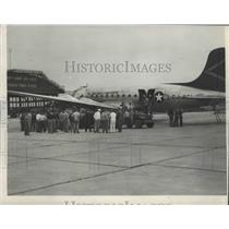1947 Press Photo Pilotless C-54 'Brain Plane' Landed at Clinton County Airbase