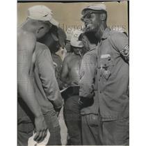 1955 Press Photo Radar and maintenance technicians flown to Yuma for contest