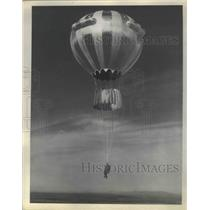 1930 Press Photo Balloons - nef68507