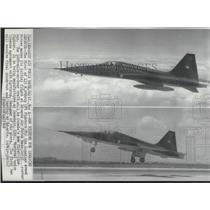 1968 Press Photo Airplane, Northrop CF5 Fighters for Canada Armed Forces