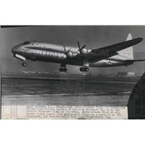 1946 Press Photo 92-ton Constitution by Lockheed Aircraft on its maiden flight