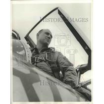 1957 Press Photo Jet Pilot Capt.Harold Dillingham at Griffiss Air Force Base