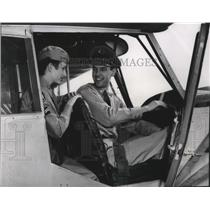 1953 Press Photo Second Lt. Kenneth Mortag took Cpl. Judith Lovejoy on a flight
