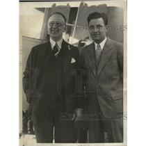 1928 Press Photo John Henry Moore & Pilot John Collyer - neo16807
