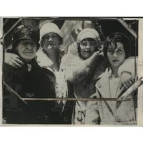1929 Press Photo Mrs Bardon Tevlin Takes First Flight on 97th Birthday