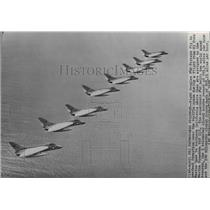 1957 Press Photo F4D Fighter Airplanes-Skyrays fly from El Toro to California