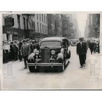 1936 Press Photo New York Celebrities Pay Last Tribute To Joe Humphries NYC