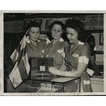 1930 Press Photo New York Saimi Niemi, Mandy Mink & Elizabeth Mink NYC