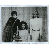 1986 Press Photo Joan Collins, Diahann Carroll and Linda Evans on Dynasty.
