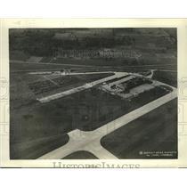 1935 Press Photo Demonstration flight at the Michigan Air Circus - ney27164