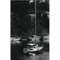 1980 Press Photo Boat in Fayette State Park, Lake Michigan's Big Bay de Noc