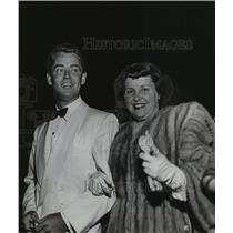 1950 Press Photo Alan Ladd and Wife - mja65700