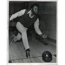 1973 Press Photo Milwaukee Brewers Player, Johnny Briggs, Bowling - mja65883