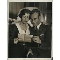 1933 Press Photo Actress Marie Osborne Dempsey & Husband Frank - neo11215