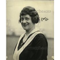 1922 Press Photo Waitress Hilda Carlson Says Women Shouldn't Propose - neo11644