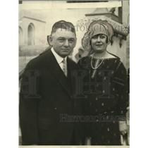 1927 Press Photo Mr & Mrs. Fisher of Detroit - neo13234
